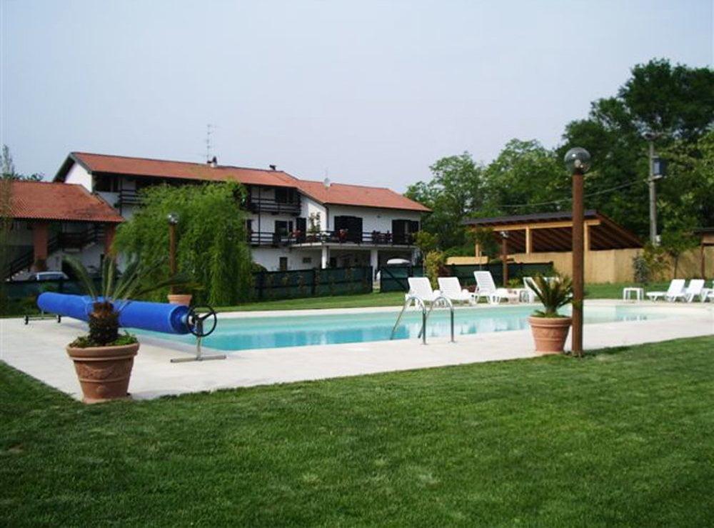 Agriturismo fano 39 s farm piemonte con piscina e scuderia cavalli - Agriturismo con piscina in piemonte ...